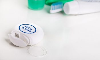 dental floss to prevent tooth decay